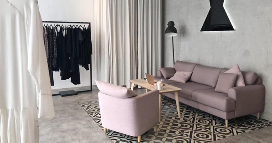 female-store-1